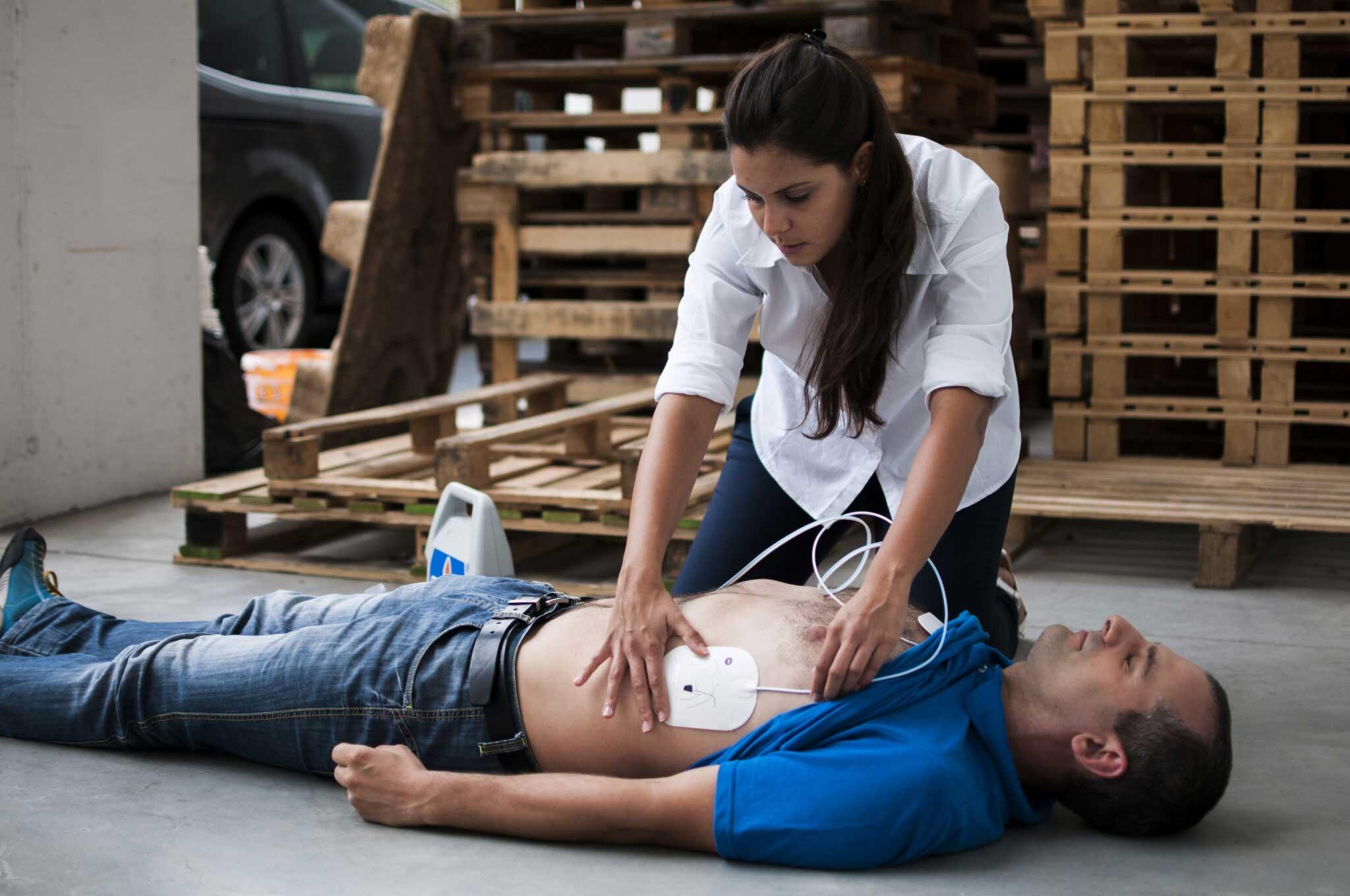 défibrillateur en entreprise